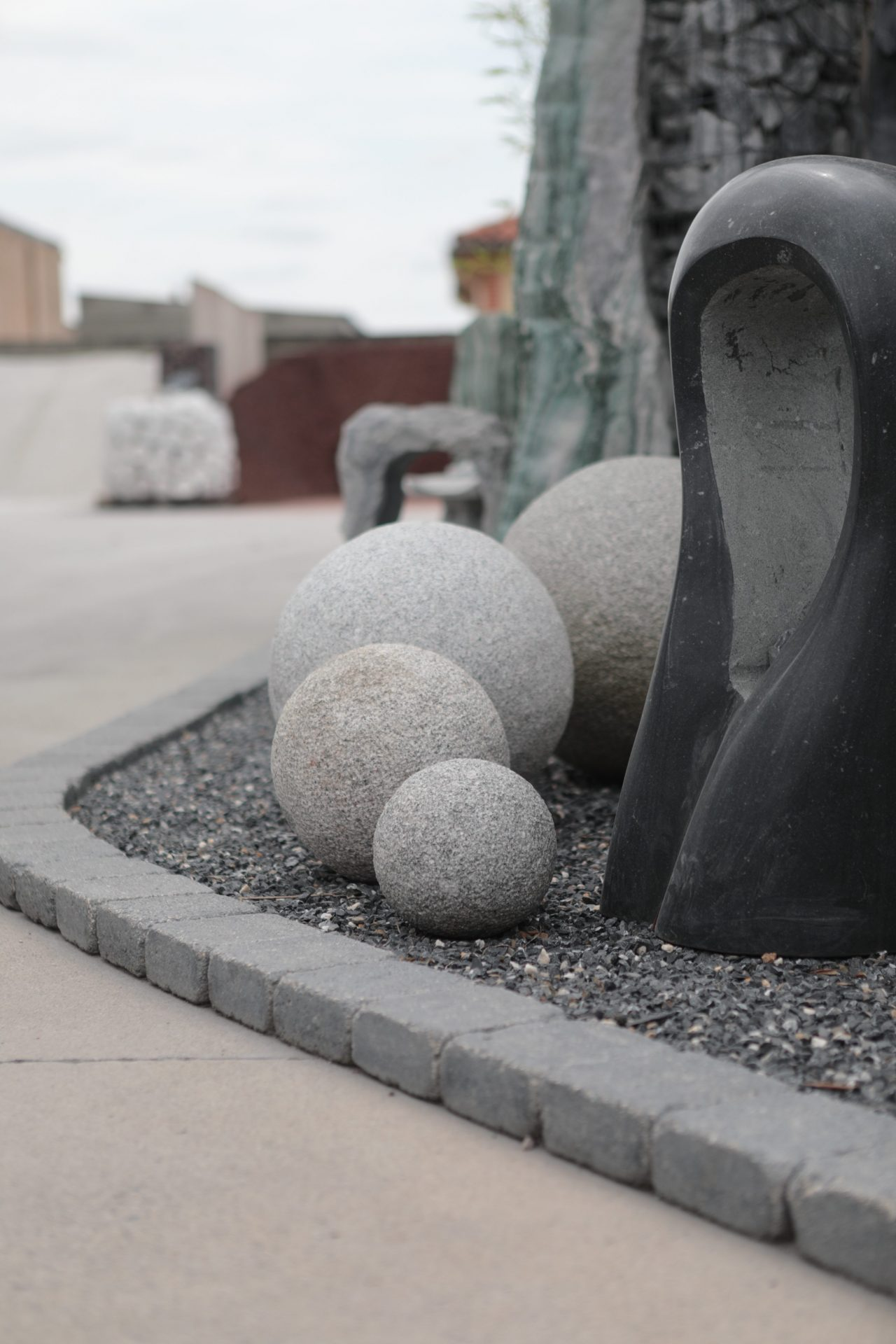 boules de granite blanches